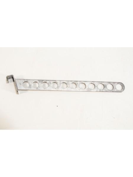 Кронштейн (флейта) наклонный 45см плоский с круглыми отверстиями на перекладину металлик