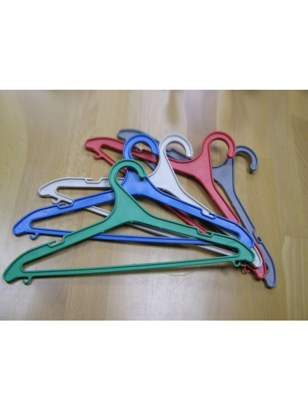 Хозяйственная вешалка пластиковая цветная №3 микс 40 см